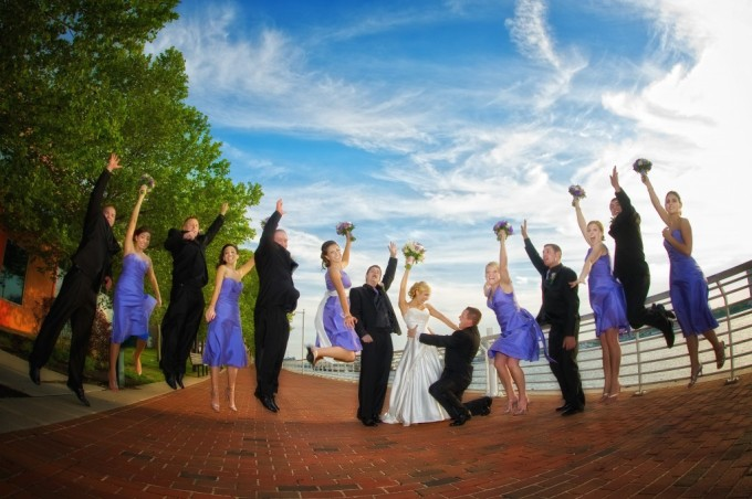 How to Choose a Wedding Party