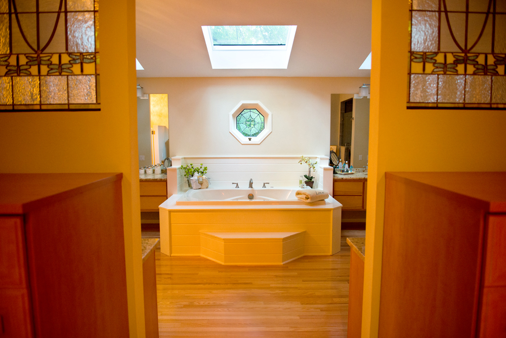 Interior-Philadelphia-Photographer-Bathroom-Skylight
