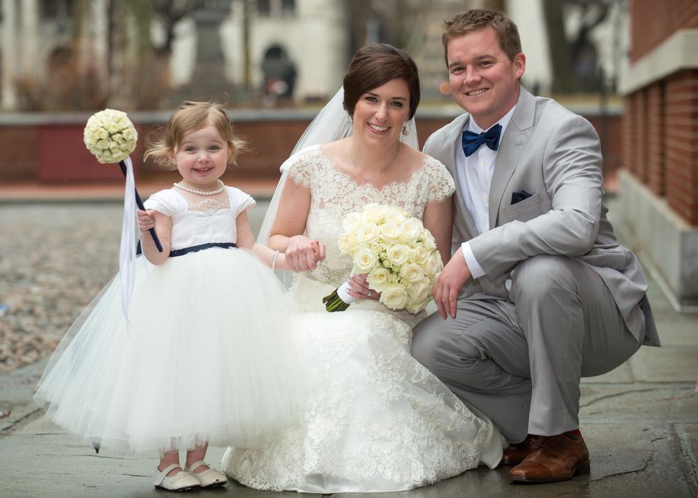 Cute-Flowergirl-Ideas-Urban-Wedding-Photos