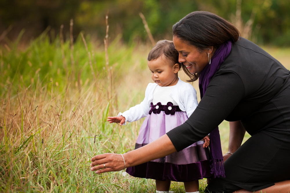 Family-Portraits-Mother-Daughter-Moments