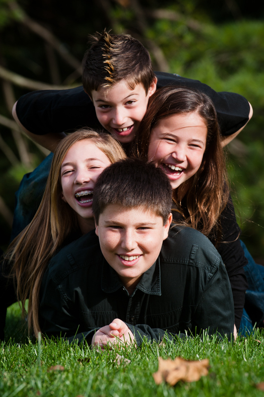 Main-Line-Family-Siblings-Portraits-Photographer