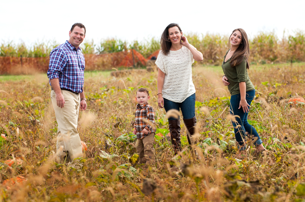 Natural-Family-Portraits-Outside