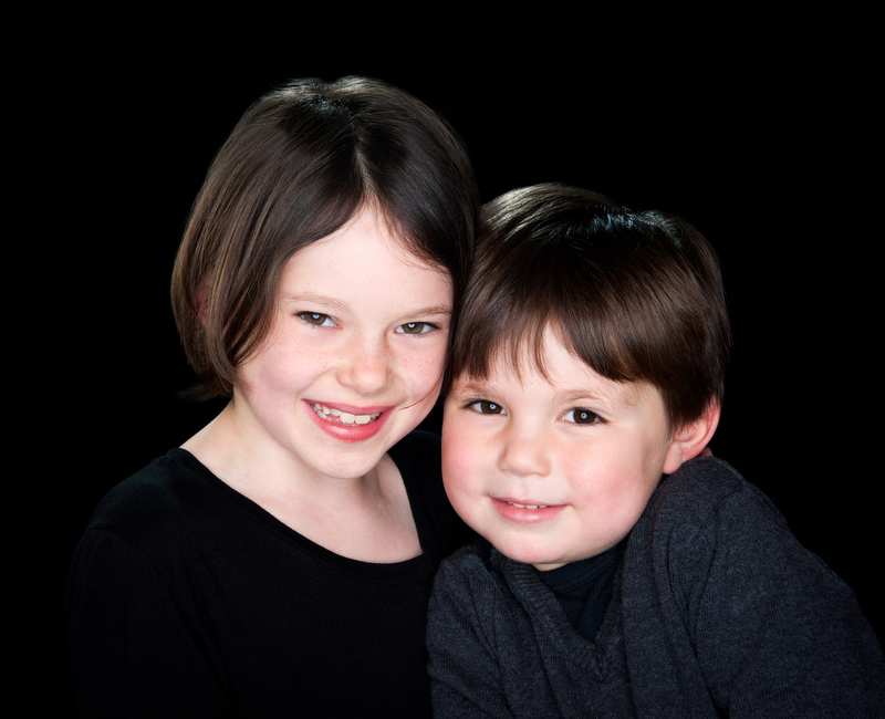 Sibling-Portraits-Photographer-Main-Line