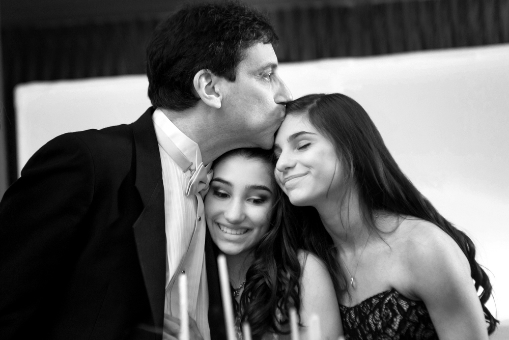 Black-White-Mitzvah-Photography-Moments