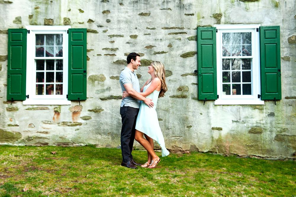 Philadelphia-Engagement-Photographer-Fun-Appleford-Estate