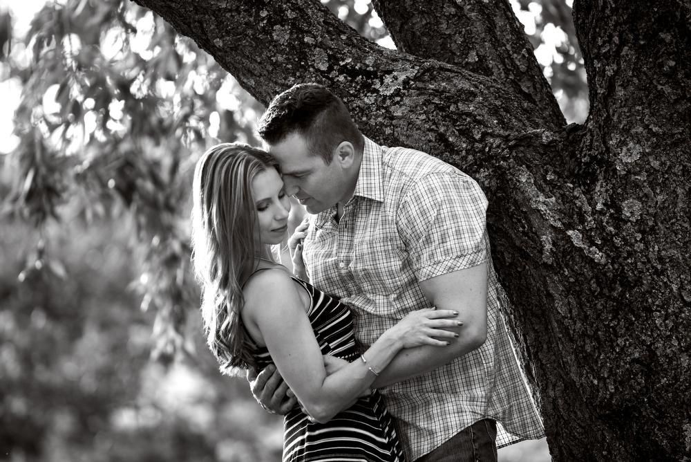 Philadelphia-Engagement-Photography-Black-White