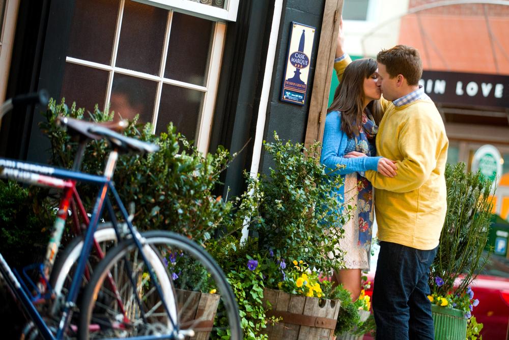 Philadelphia-Engagement-Photography-Center-City