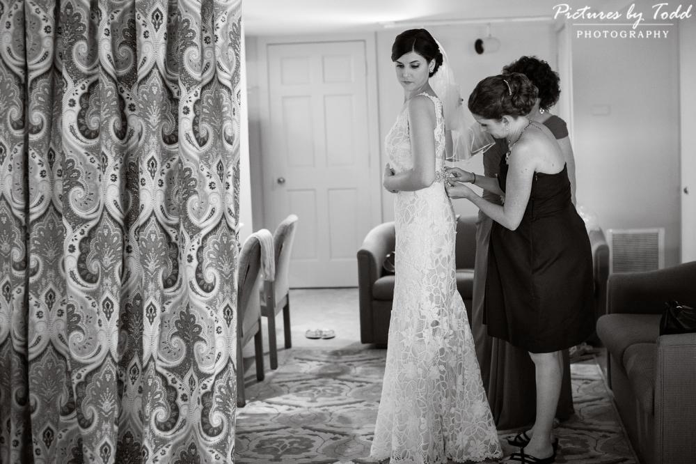 Black-White-Wedding-Photography-Pre-Wedding