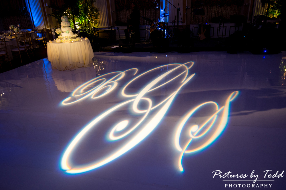 Ballroom-At-The-Ben-Pictures-By-Todd
