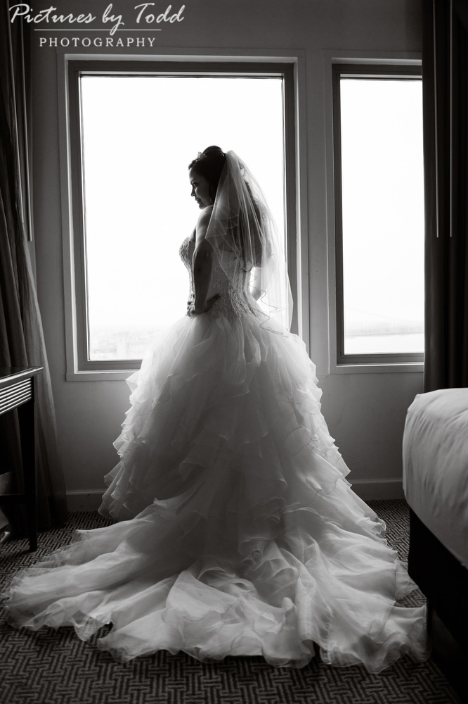 Black-White-Wedding-Photographer