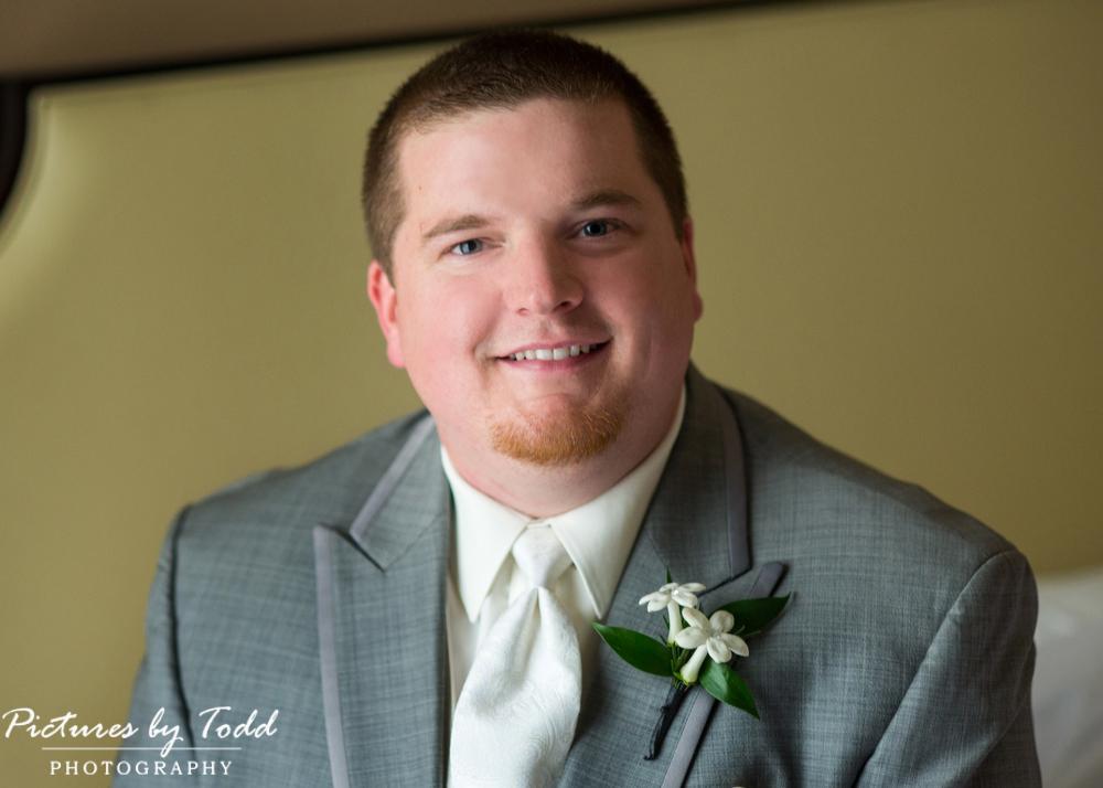 Groom-Portraits-Before-Ceremony-Photography