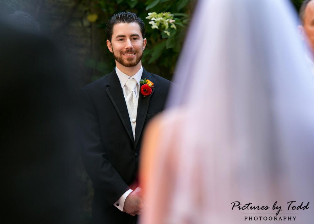 Must-Have-Wedding-Photos-Philadelphia-Photographer