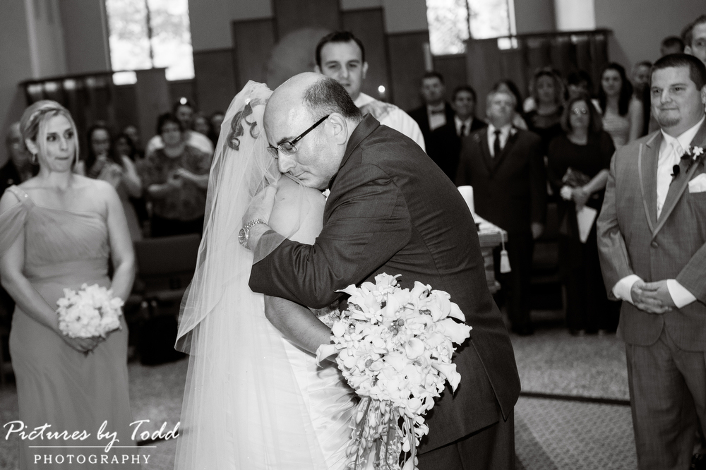 Perfect-Moments-Must-have-photos-wedding-day