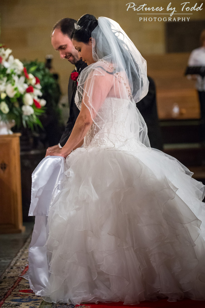 Traditional-cathedral-catholic-wedding-philadelphia-Main-Line-Photographer