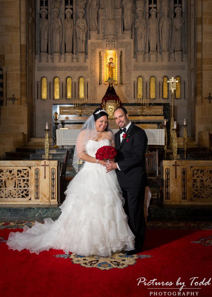 Traditional-cathedral-catholic-wedding-philadelphia-photographer-Philadelphia