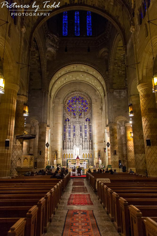 Traditional-cathedral-catholic-wedding-philadelphia