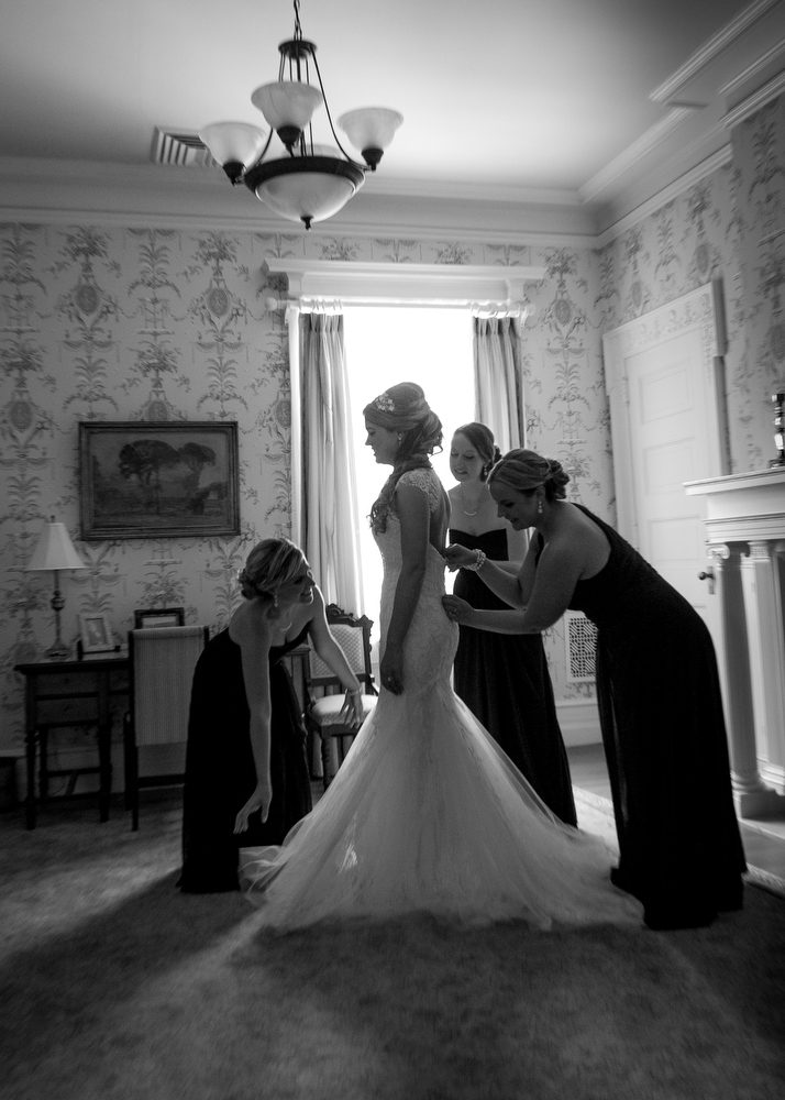 Black-White-Getting-Ready-Wedding-Photography