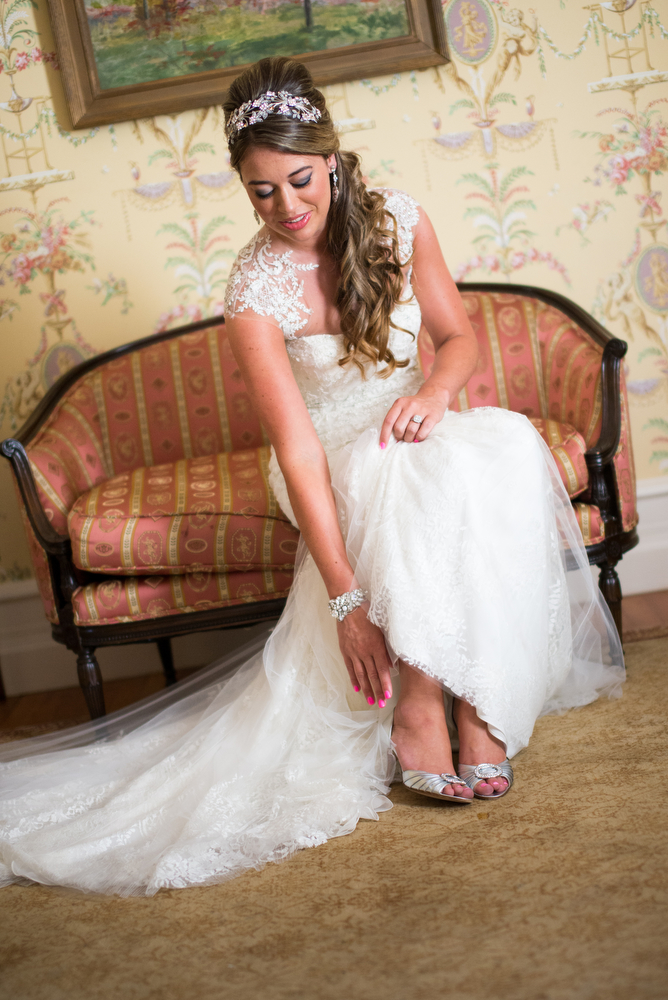 Cairnwood-Estate-Bridal-Portraits-Bryn-Athyn