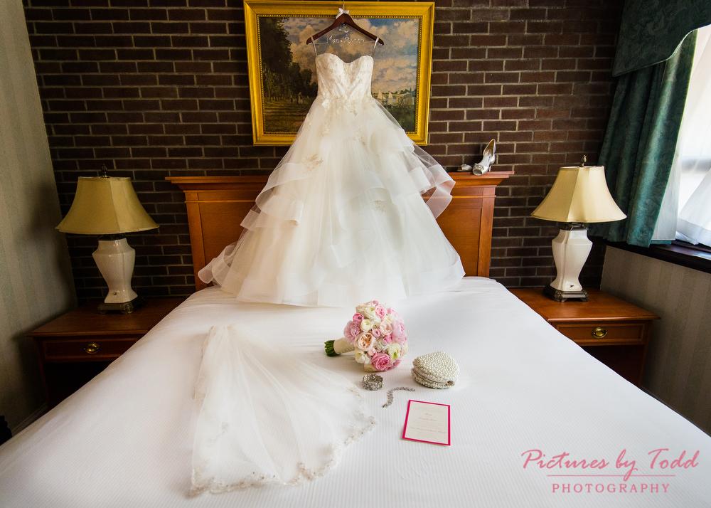 Wedding Shoppe Wayne PA Detail Photos