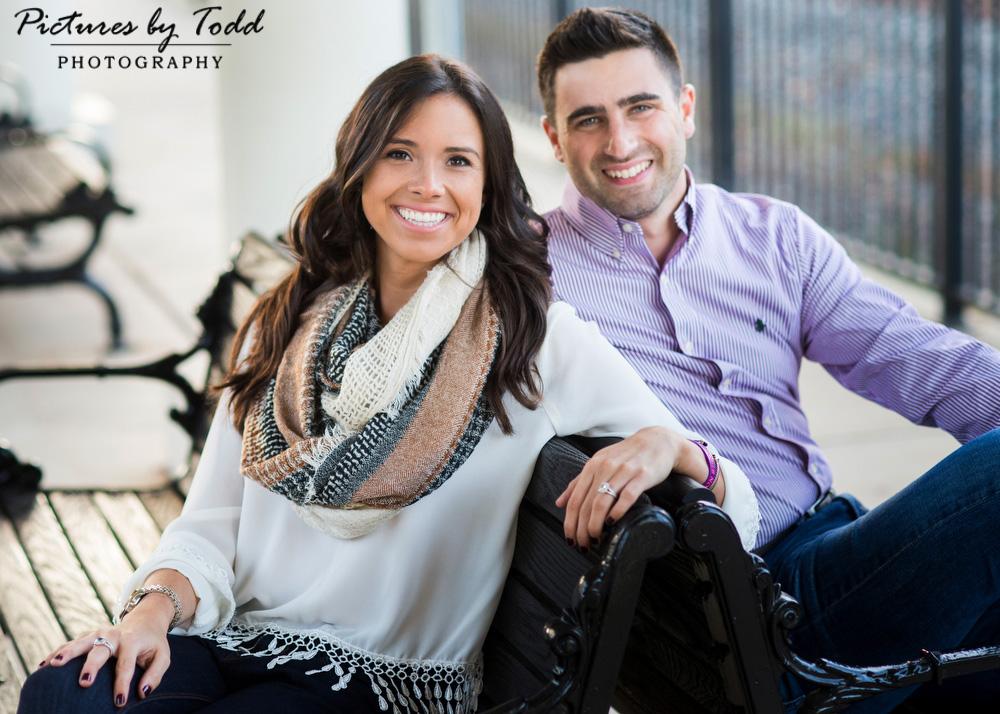 Cute-Photos-Engagement-Couple
