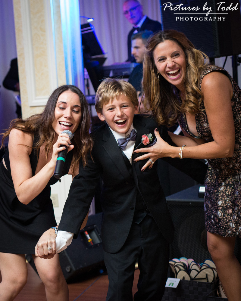 Philadelphia Country Club Wedding Photos Fun Moments