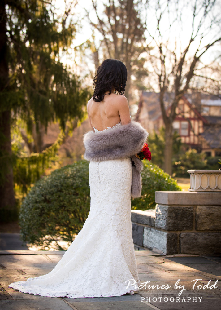 Merion-Tribute-House-Wedding-Photos-Dress-Ideas-Cover-up-Fur-Beautiful
