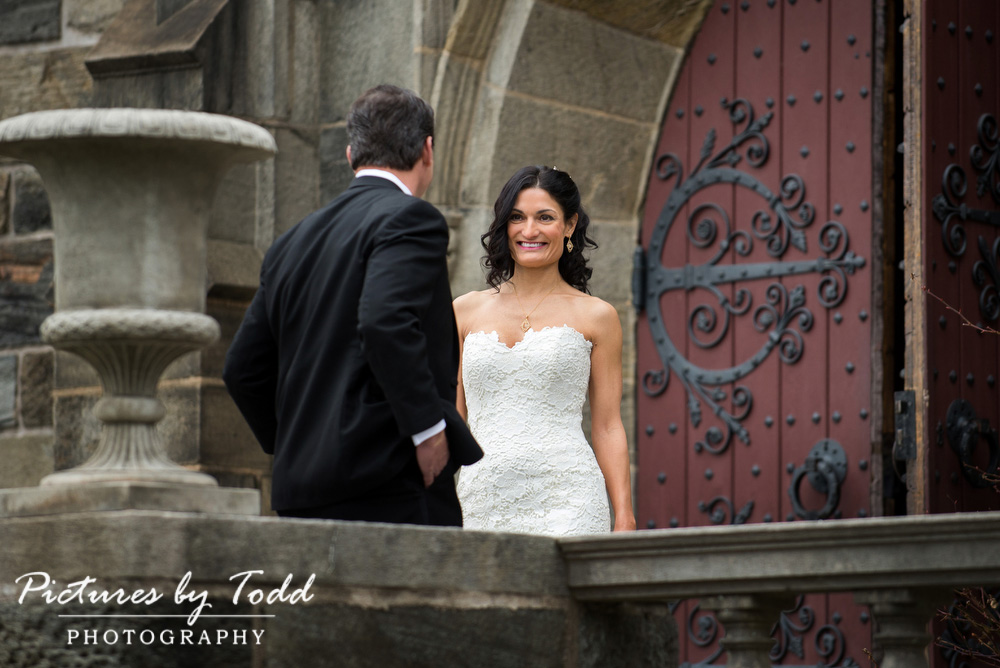 Merion-Tribute-House-Wedding-Photos-First-Glance-Outside
