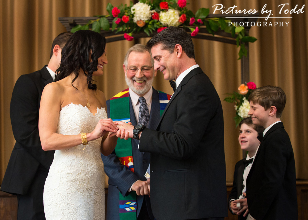 Merion-Tribute-House-Wedding-Photos-Indoor-Ceremony-Amaranth-Florist