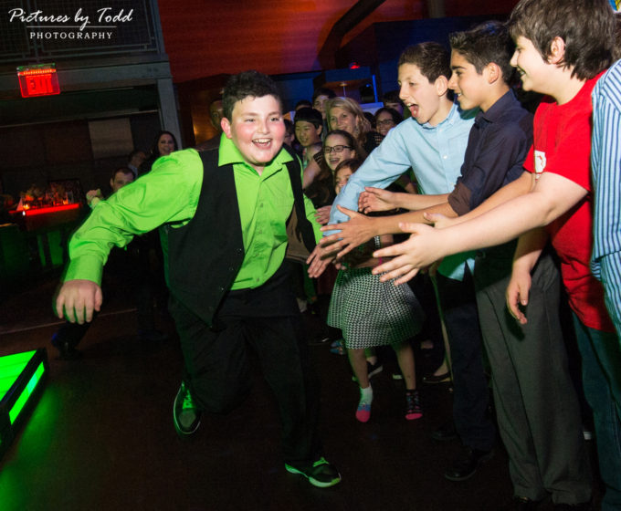 Noah's Bar Mitzvah | Chickie and Pete's Play 2
