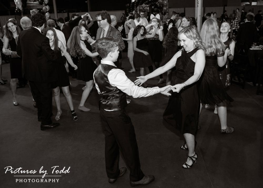 simeone-museum-bar-mitzvah-black-white-dance-photos