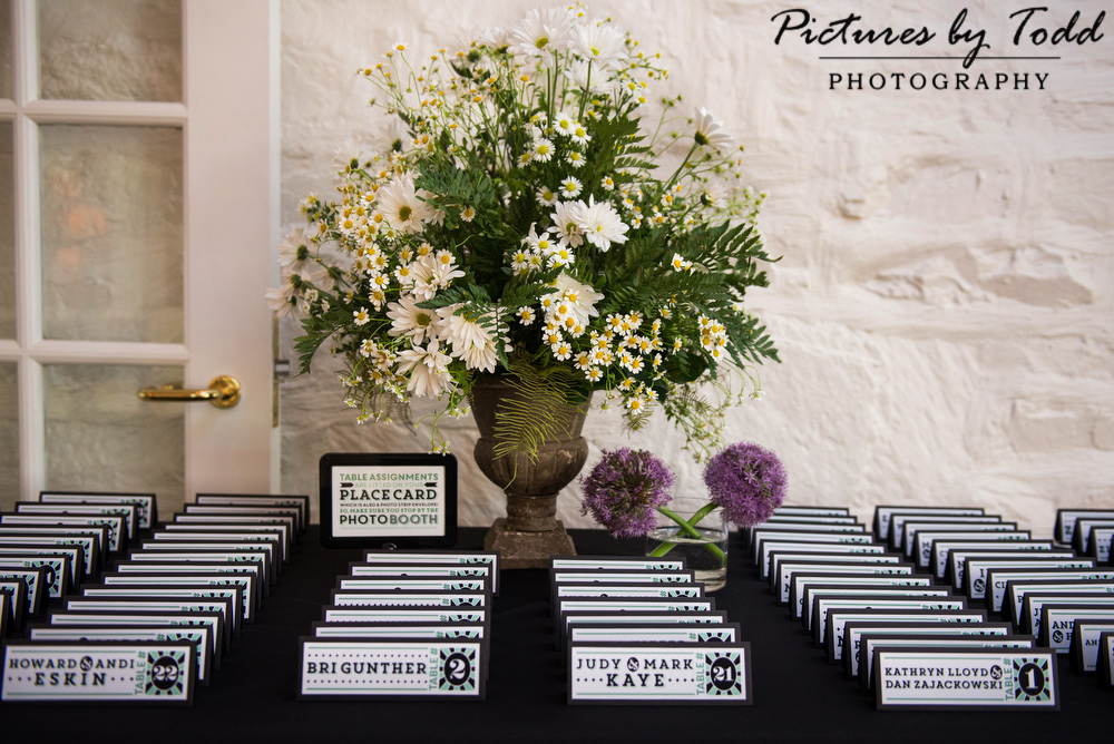 Card-Table-Ideas-Wedding-Day