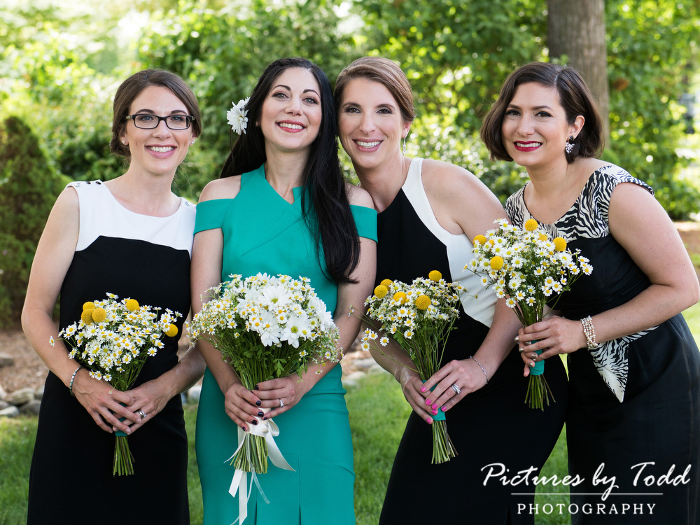 Manor-House-Of-Prophecy-Creek-Fleur-De-Lis-Bridesmaids