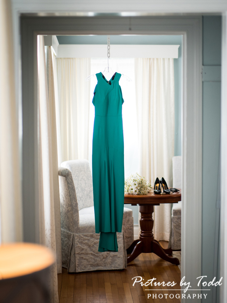 Manor-House-Of-Prophecy-Creek-Roland-Mouret-Wedding-Dress-Green