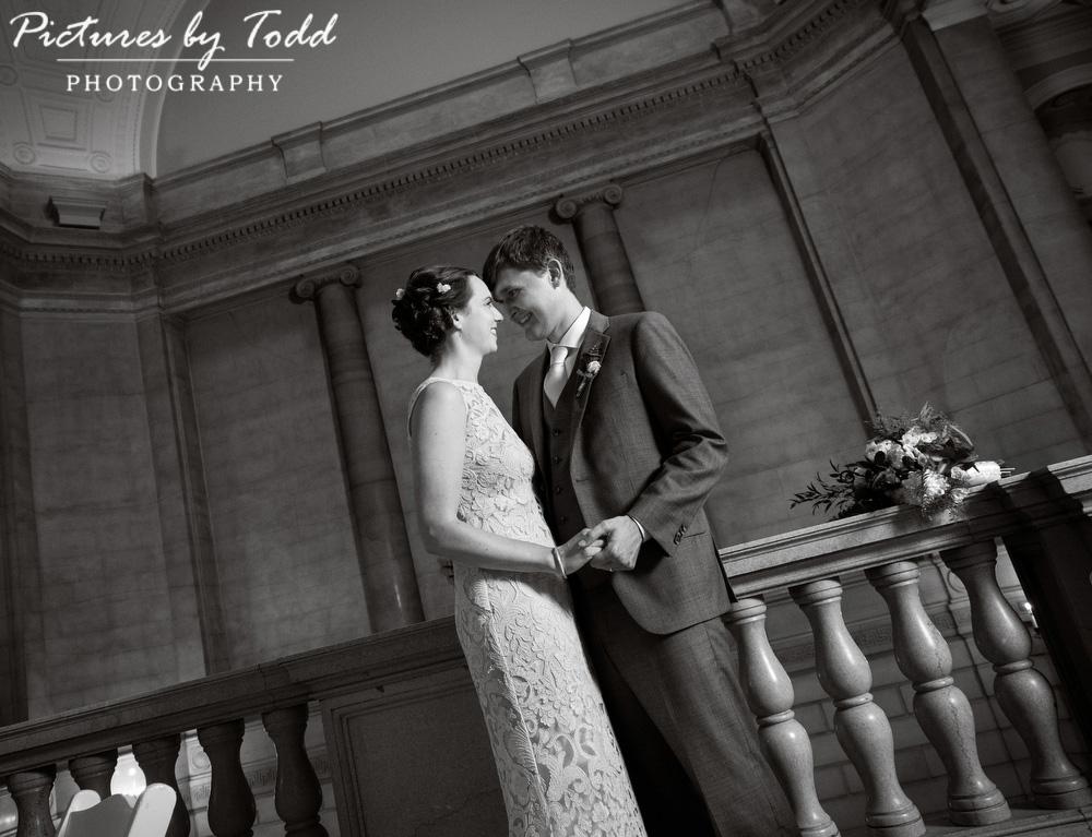 Beautiful-Blooms-The-Free-Library-Philadelphia-Wedding-Black-White