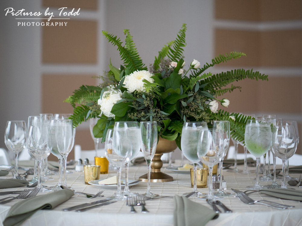 Beautiful-Blooms-The-Free-Library-Philadelphia-Wedding