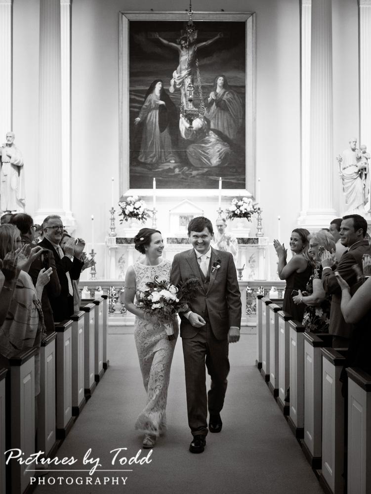 Black-White-Photos-Wedding-Day-St-Joesph-Church-Downtown-Philadelphia