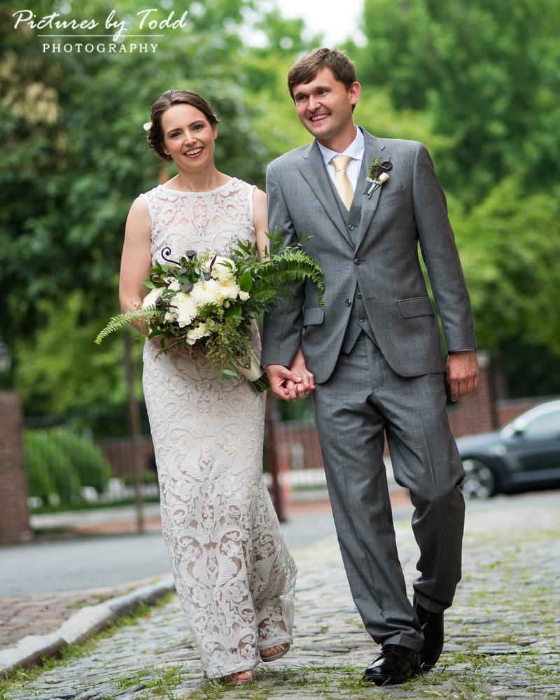 Downtown-Philadelphia-Wedding-Photos-Photographer-Beautiful-Blooms-Bhldn-Dress
