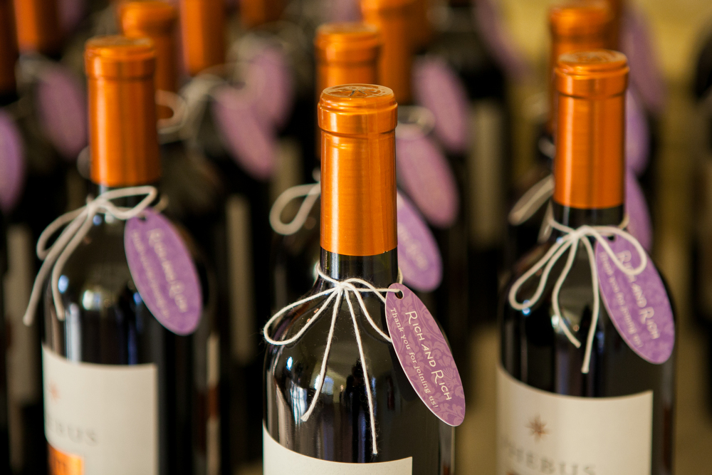 Personal-Wine-Bottle-Favors