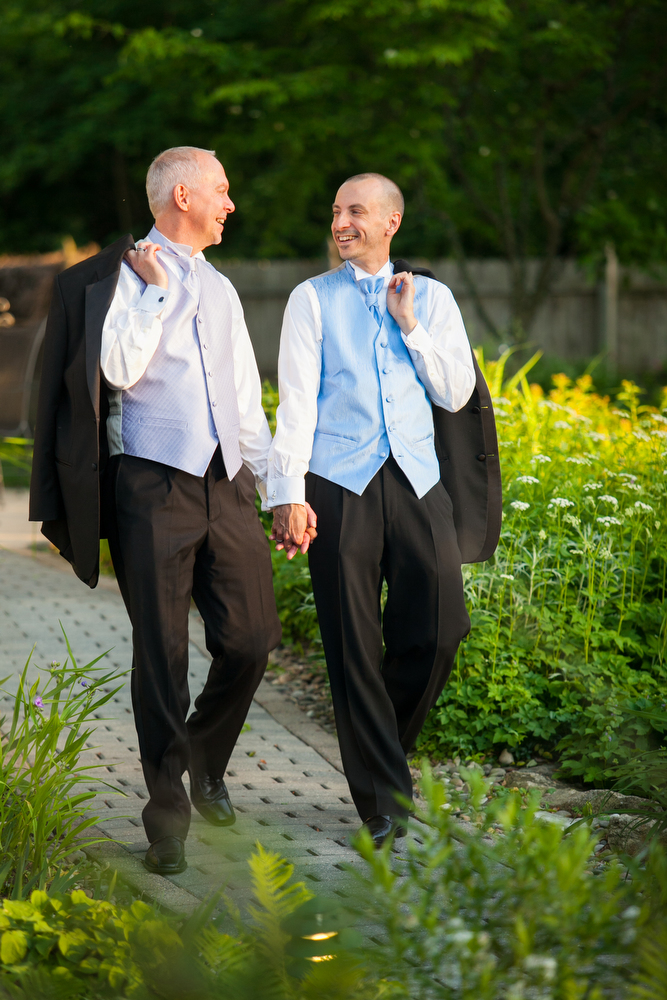 Photographer-Same-Sex-Wedding