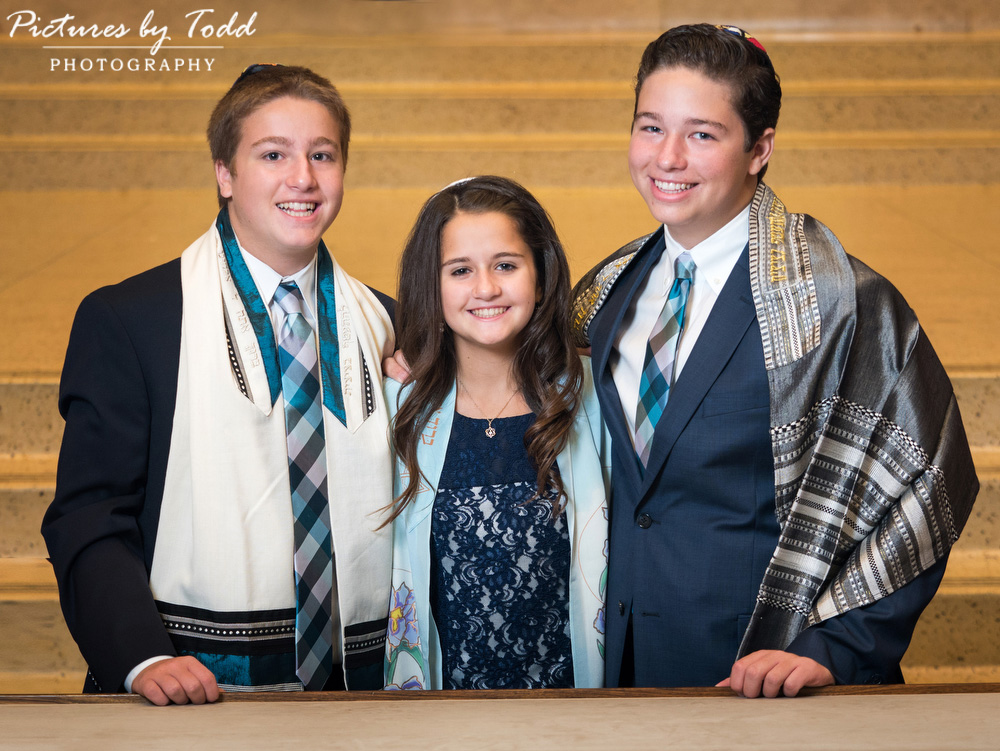 bat-mitzvah-siblings-family-together-brothers