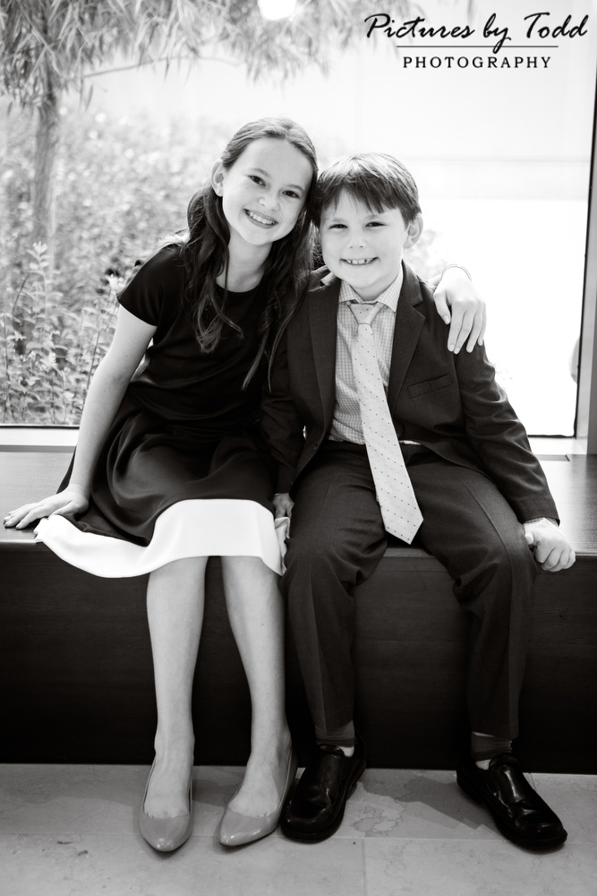 black-and-white-bat-mitzvah-smile-moment-special-family