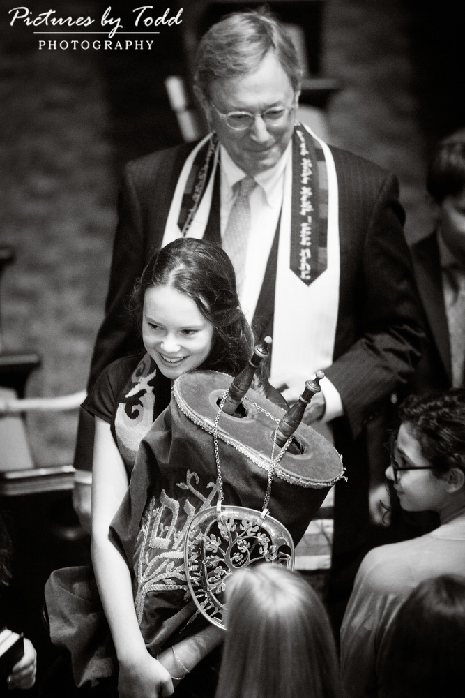 black-and-white-moment-bat-mitzvah-rodeph-shalom-candid-special-smile-torah