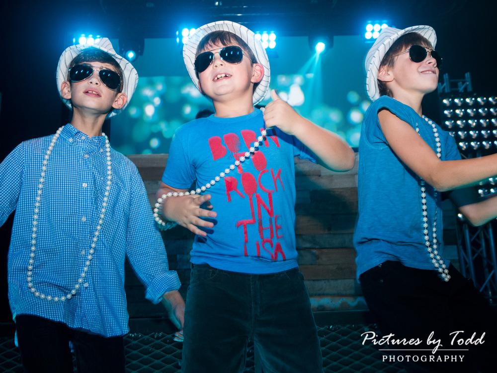 kids-bat-mitzvah-blue-candid-fun-exciting-coda