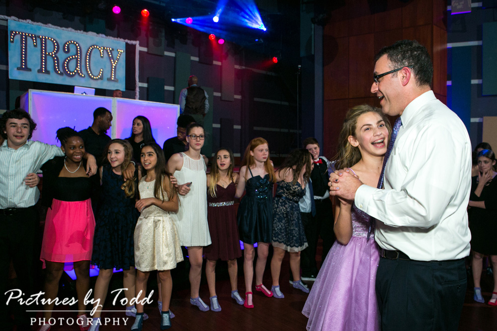 associate-photographer-pictures-by-todd-world-cafe-live-philadelphia-all-around-entertainment-father-daughter-dance