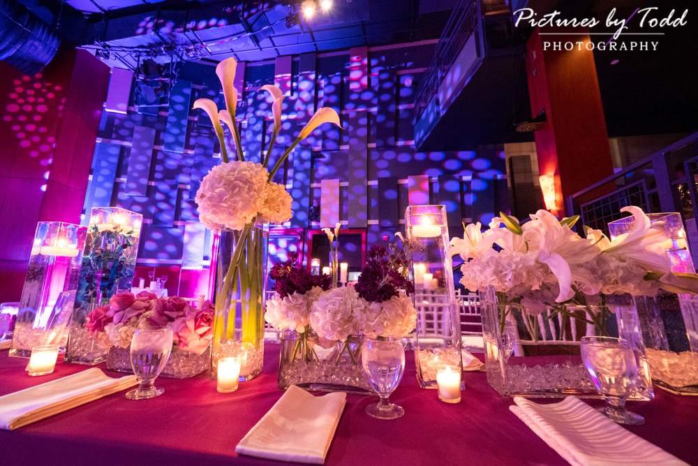 associate-photographer-pictures-by-todd-world-cafe-live-philadelphia-exceptional-events-stacey-kesselman-table-decor