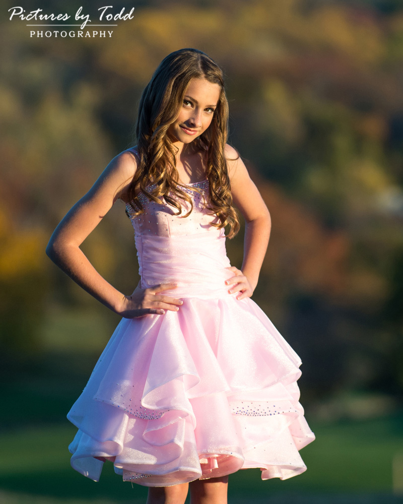 bat-mitzvah-outdoor-portrait-fall-colors-smile-fall-background