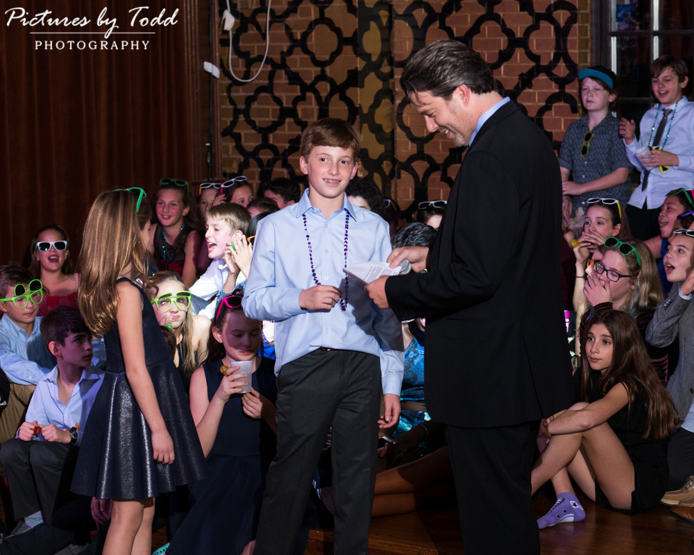 beat-street-manayunk-family-friends-philadelphia-photographer-bar-mitzvah-father-fun-speech-smile-excited