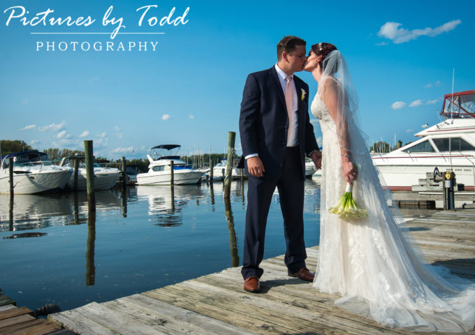 Tara & Dustin's Wedding | Clarks Landing Yacht Club