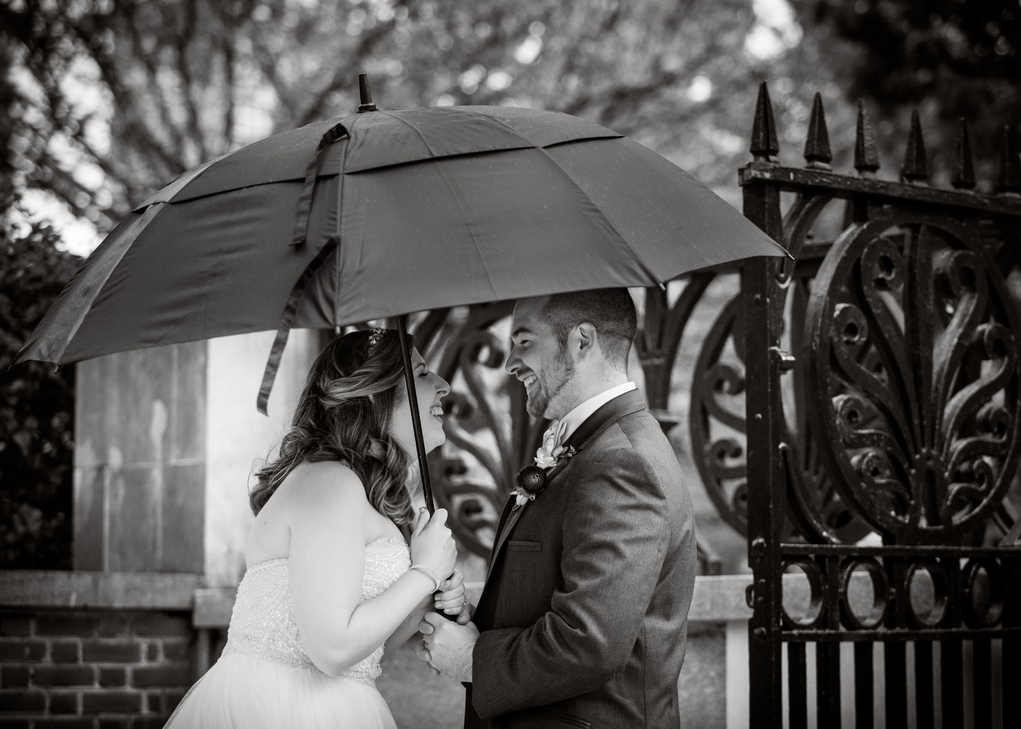 Rainy Wedding Day Philadelphia Wedding Places Photographer