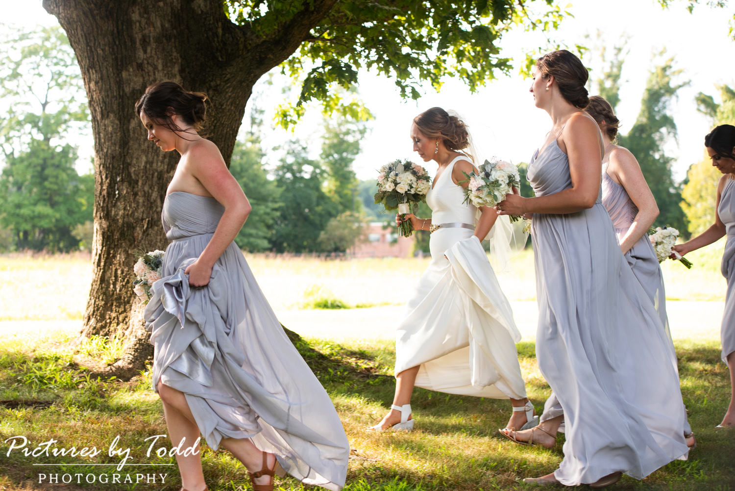 summertime wedding Willow Thistle Manor house prophecy creek